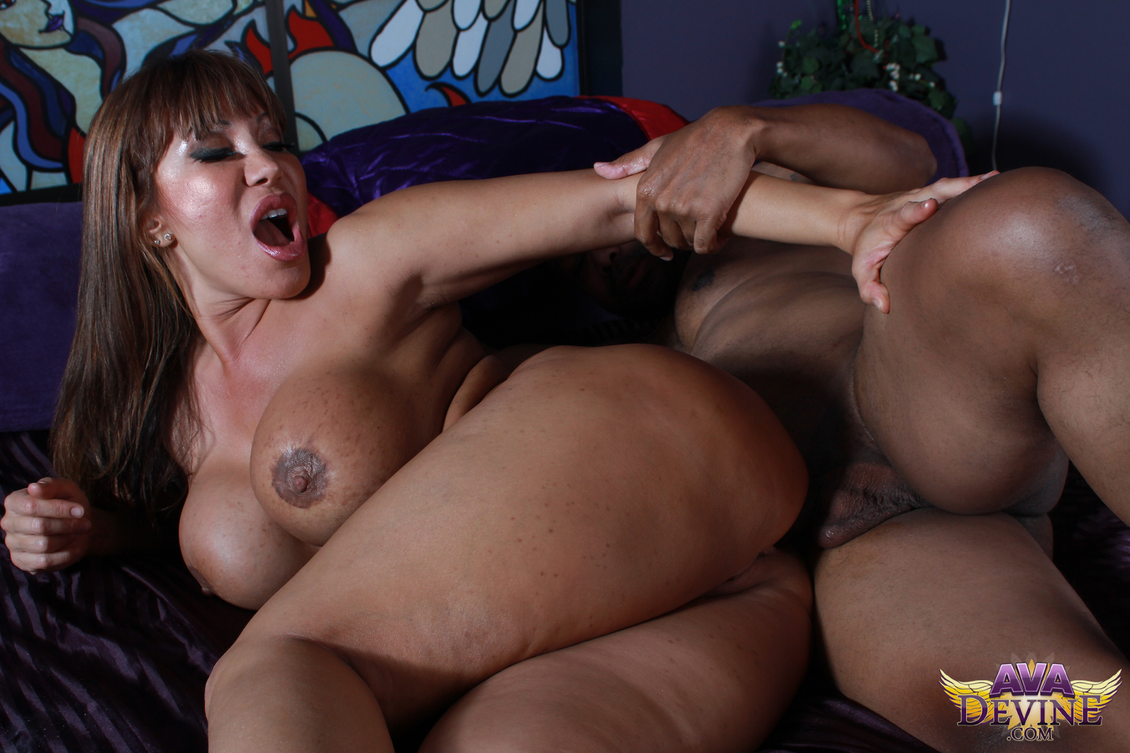 Ava devine extremely hot