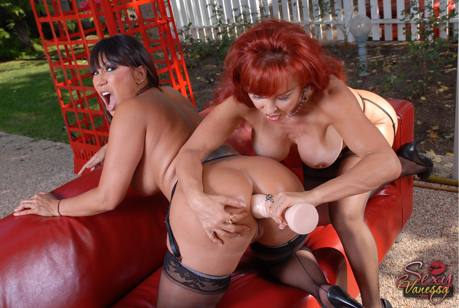 Chubby Mature Gets Her Loose Pussy Fisted Xxx Galeries