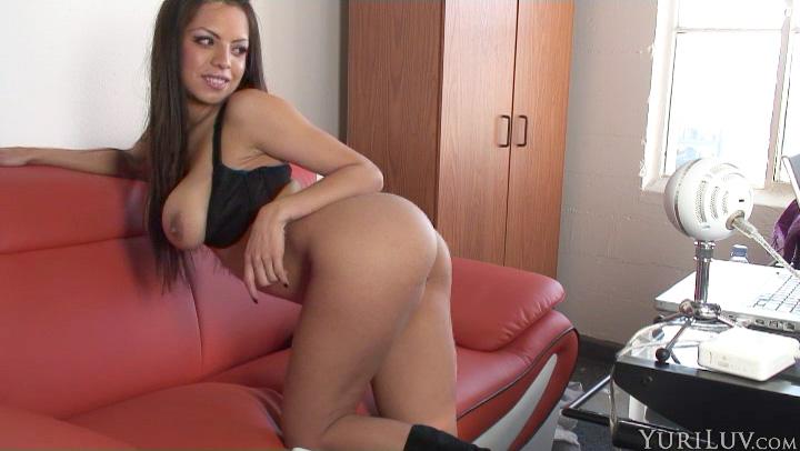 Fun On roomy Webcam