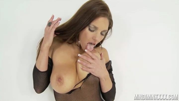 Mindi Mink in Rubbing My G-Spot